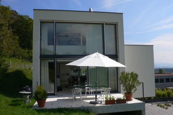 friedli genoux architekten einfamilienhaus 2 r fenacht. Black Bedroom Furniture Sets. Home Design Ideas